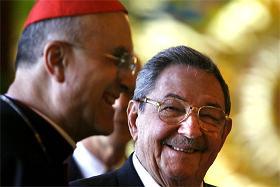 Raúl Castro - Cardenal Bertone