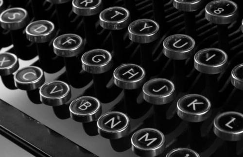 Typewriter-740x480